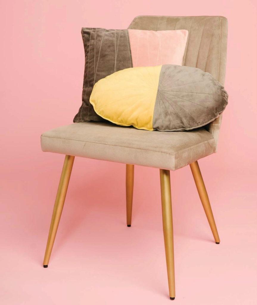 Pop of Plush Pillows Pattern