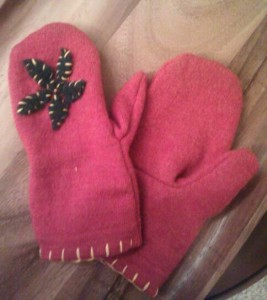 recyled sweater mittens